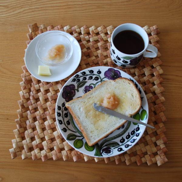 20140918_手作りリンゴジャムとトーストとバターナイフ04