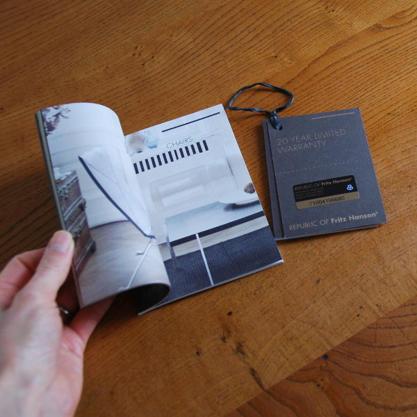 20141008_フリッツハンセン保証書と小冊子01