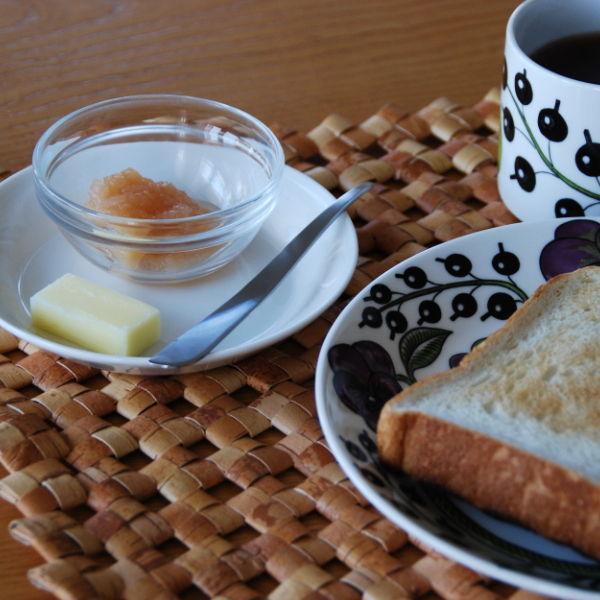 20140918_手作りリンゴジャムとトーストとバターナイフ02